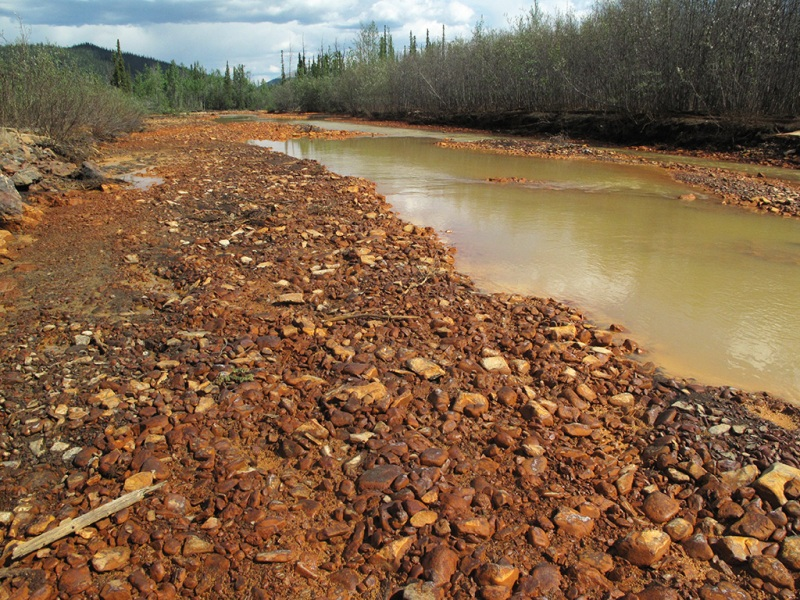 Red River, Dempster Highway