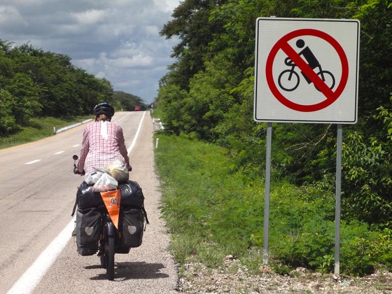 Unterwegs auf einer mexikanischen Cuota