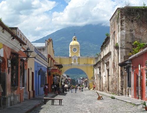 Antigua, ¡Hay mas Colores!